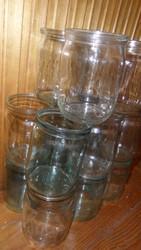 Продаю стеклянные баночки 0, 5 литра,  0, 8 литра